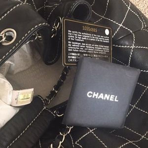 CHANEL Bags - Vintage Chanel bucket bag. No low ballers please.